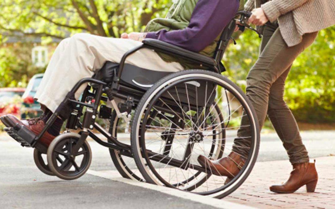 Persona con discapacidad silla de ruedas salud ocupacional
